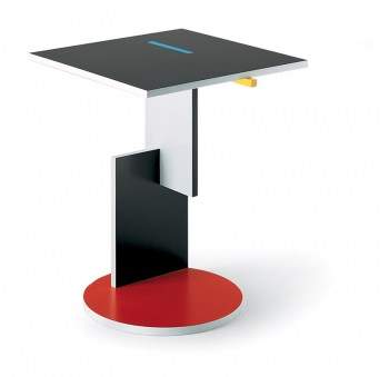 red_and_blue_schroeder_table